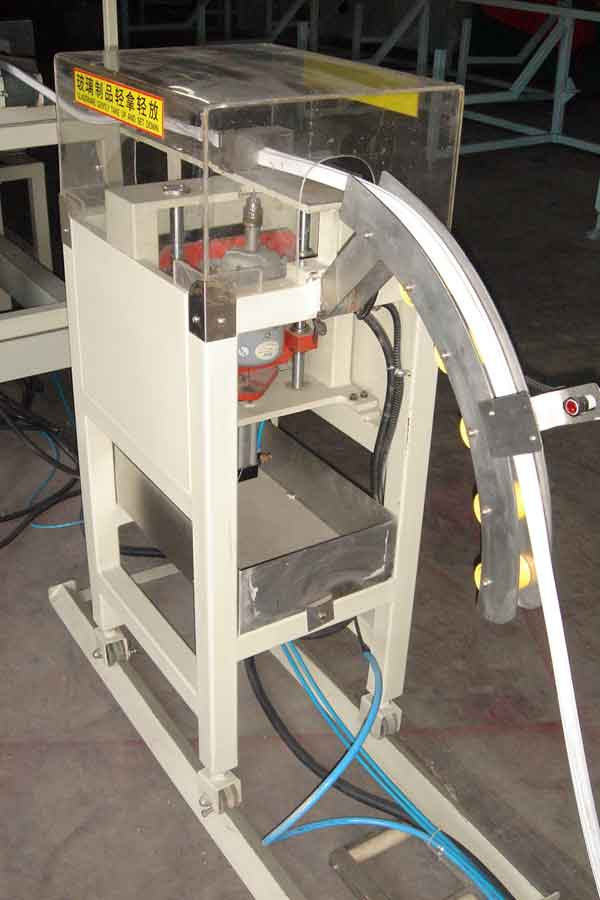 automatic gasket cutting machine